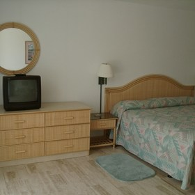 Unit Bedroom