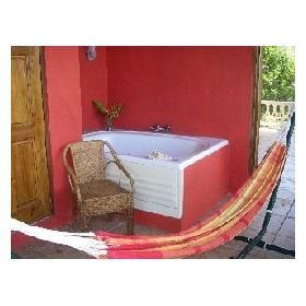 Paradise Bay Resort & Spa — - Private Outdoor Jacuzzi