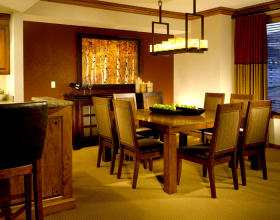 Sheraton Steamboat Resort Villas - Unit Dining Area