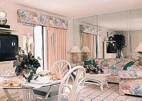 Vacation Villas at Fantasy World II - Living and Dining Areas
