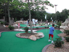 Woodstone at Massanutten - Mini Golf