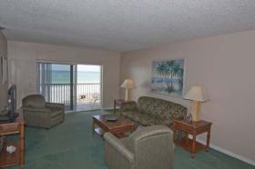 Bay and Beach Club - Unit Living Area