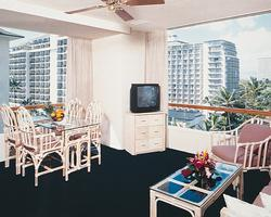 Imperial Hawaii Vacation Club - Unit Living Area