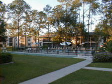Lago Vista at Buenaventura Lakes - Courtyard