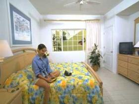 The Reef Resort - Unit Bedroom