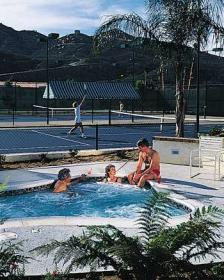 Lawrence Welk Resort Villas - Hot Tub & Tennis Court