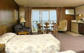 Edgewater Beach Resort - Unit Bedroom