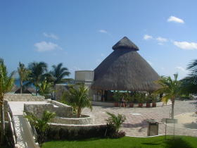Imperial Fiesta Club at Hotel Casa Maya - restaurant and grounds