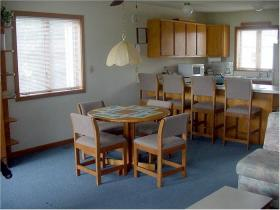 Sea Scape Beach & Golf Villas - Unit Dining Area & Kitchen