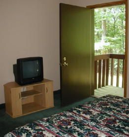 Split Rock Resort - Unit Bedroom