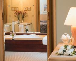 Cape Cod Holiday Estates - Unit Bathroom