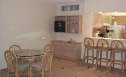 Paradise Beach Villas - Unit Dining Area