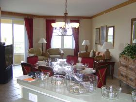 Vacation Village at Weston - Unit Dining Area