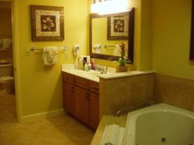 Wyndham Bonnet Creek Resort - Unit Bathroom