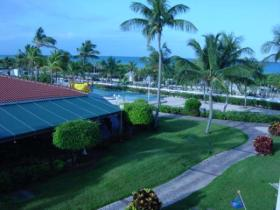 La Cabana Beach & Racquet Club - Grounds