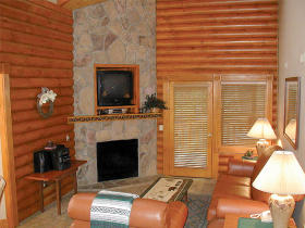 Westgate Smoky Mountain Resort at Gatlinburg - Unit Living Area