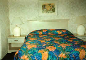 Plantation Island - Bedroom
