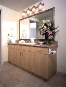 Polo Towers - Unit Bathroom