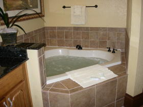 Wyndham Bonnet Creek Resort - Unit Jacuzzi Tub