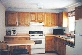 Mountain Meadows Resort - Unit Kitchen