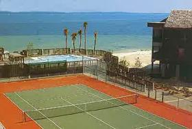 Holiday Beach Resort - Soundside - Tennis Courts