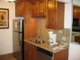 Eagle Point - Unit Kitchen